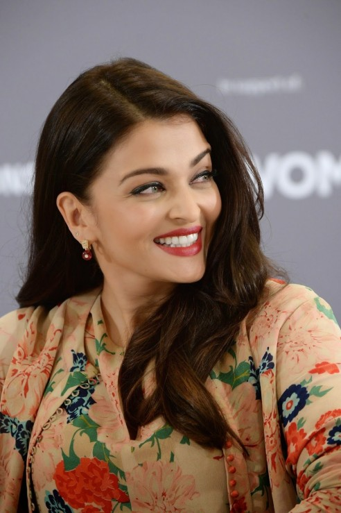 Aishwarya Rai Stills At Variety Celebration Of Un Women Body