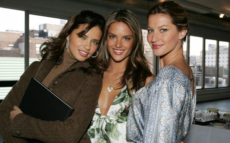 Adriana Lima Alessandra Ambrosio And Gisele Bundchen Wallpaper