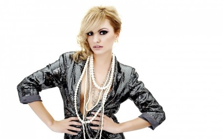 Alexandra Stan Hd Wallpaper Download Alexandra Stan