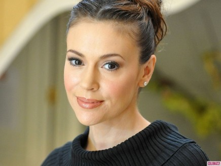 Alyssa Milano Baby Daddy Wallpaper Alyssa Milano