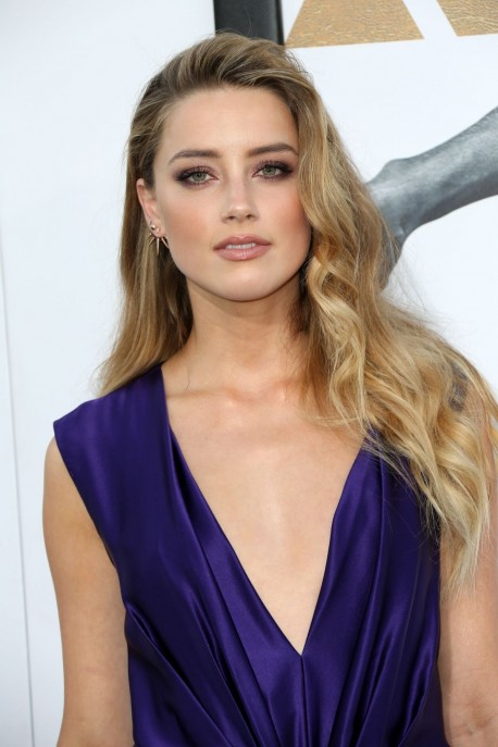 Amber Heard Attends The Magic Mike Xxl Premiere At Tcl Chinese Theatrein Hollywood