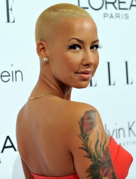 Download Wallpapers Amber Rose Backless Dress Side Pose Hd Pictures Hot