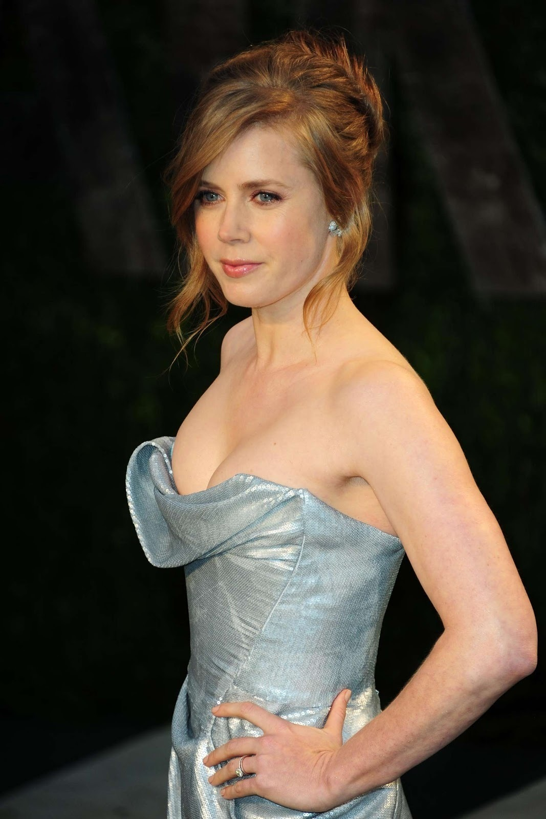 Amy Adams Cleavage At Vanity Fair Oscar Party Bikini Abdf Bdb Bd Large Night At The Museum