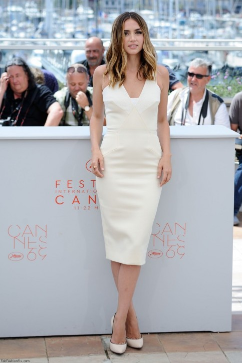 Ana De Armas Hands Of Stone Photocall At Cannes Film Festival Ana De Armas