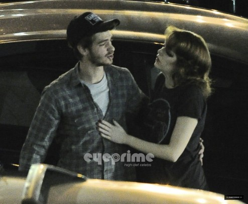 The Gangster Squad Set Andrew Garfield And Emma Stone Body
