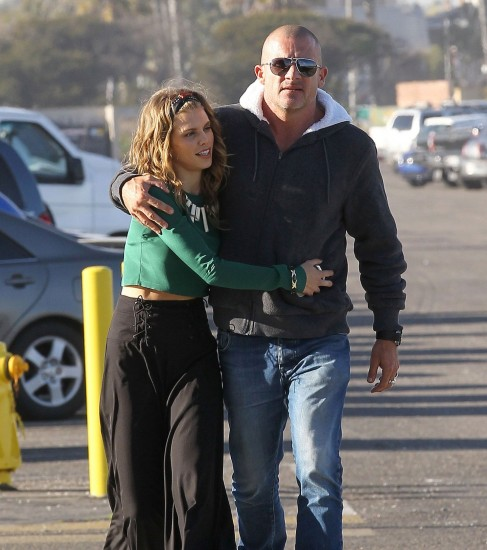 Annalynne Mccord Et Dominic Purcell Ont Rompu Wide And Dominic Purcell