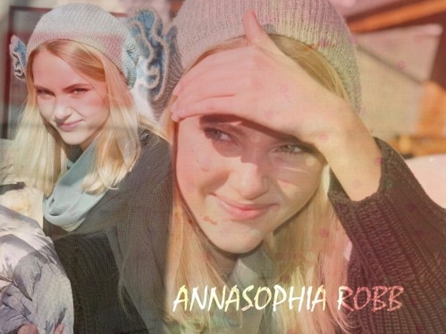 Annasophia Robb Cooly Charlie And The Chocolate Factory