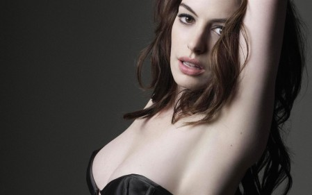 Anne Hathaway Best Wallpaper