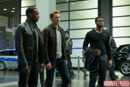 Chris Evans Anthony Mackie And Chadwick Boseman In Captain America Civil War Anthony Mackie