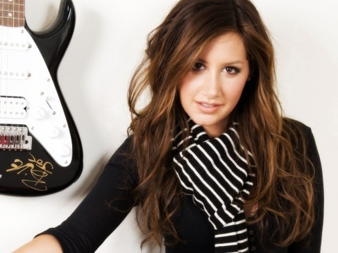 Cute As Ey Tisdale Wallpapers As Ey Tisdale