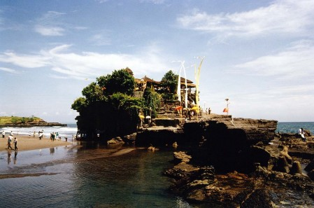Tanah Lot Temple Temple