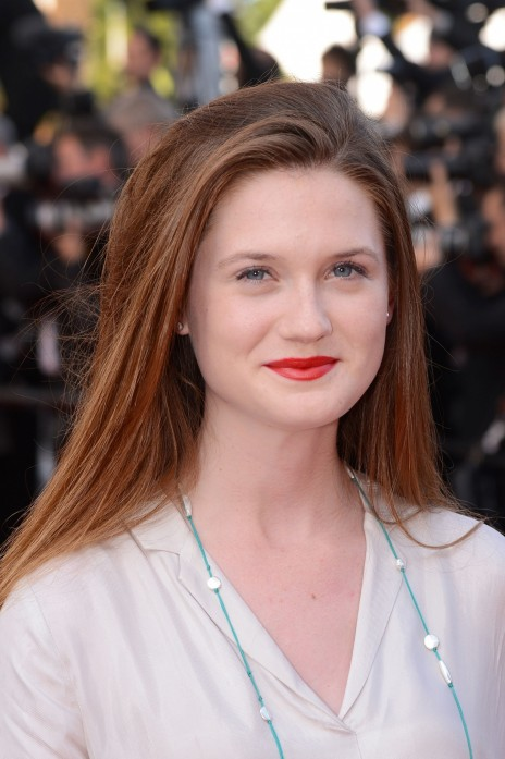 Cute Bonnie Wright Red Lips Pictures Bonnie Wright