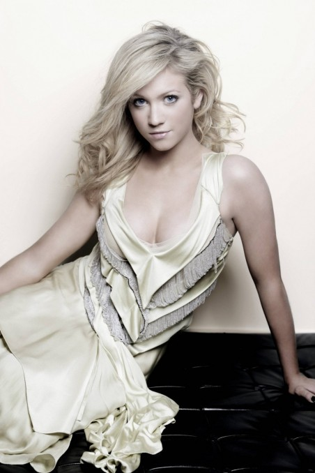 Post Brittany Snow Hot Blonde Blue Sate Hot