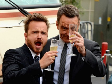 Aaron Paul And Bryan Cranston Drove The Breaking Bad Rv To The Shows Premiere Photos Bryan Cranston