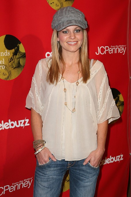 Jcpenney Joy Of Giving Holiday Event Candace Cameron Bure Candace Cameron Bure