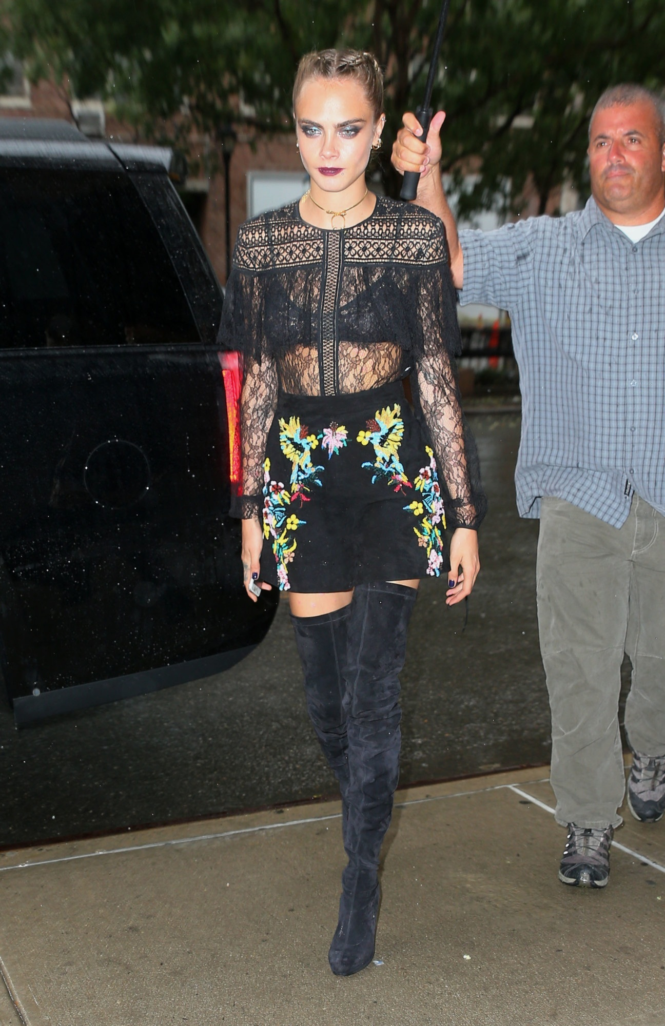 Cara Delevingne New York City New York Zuhair Murad Resort Lace Long Sleeve Top Embroidered Floral Skirt Cara Delevingne