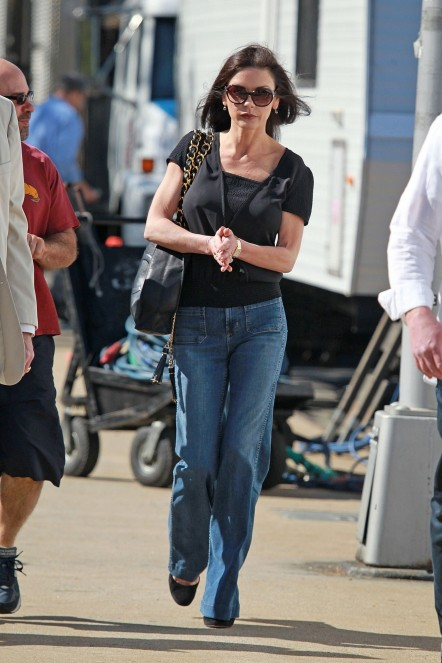Catherine Zeta Jones On The Sets Of The Bitter Pill In New York Th April Fashion
