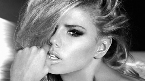 Charlotte Mckinney Bw Desktop Background Charlotte Mckinney