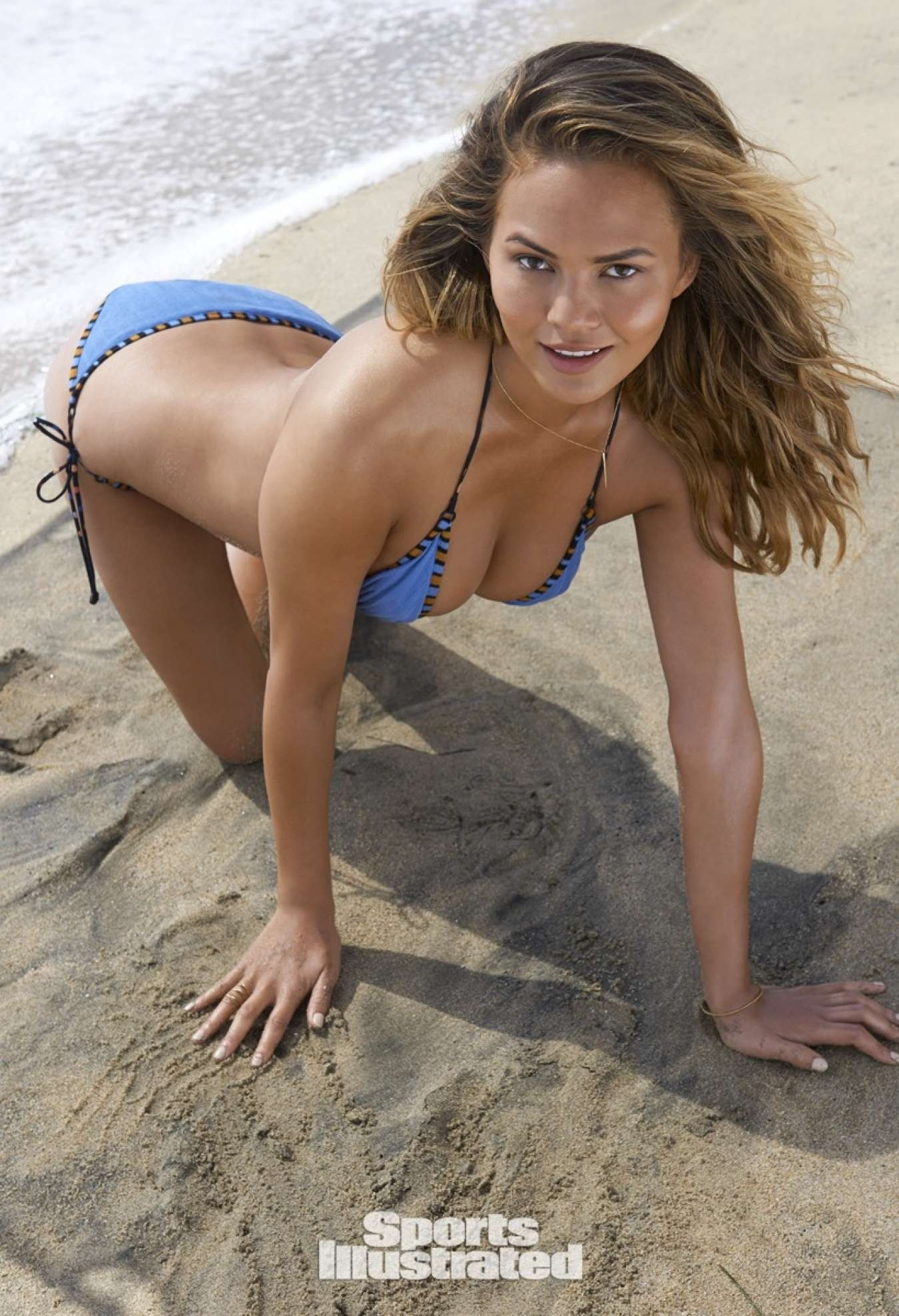 Chrissy Teigen Si Swimsuit Issue Bikini