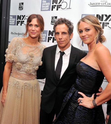 Ben Stiller Christine Taylor And Kristen Wiig At Event Of The Secret Life Of Walter Mitty Large Picture Christine Taylor