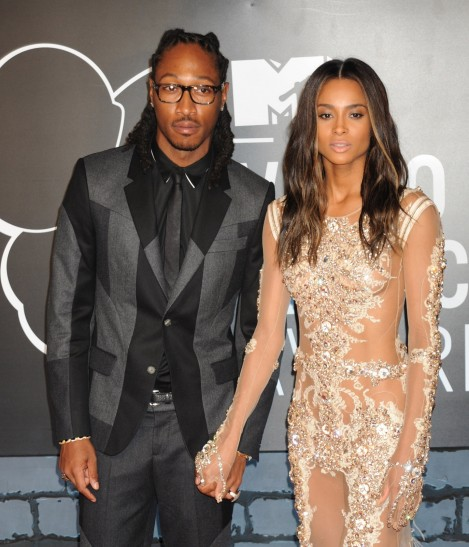 Ciara Stuns While Pushing Son Future Jr In Stroller Through Lax Airport And Future