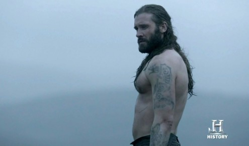 Alexander Ludwig And Clive Standen In Vikings Episode Clive Standen