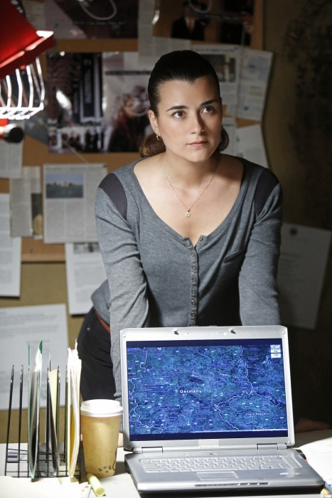 Cote De Pablo As Ziva David Ncis Chasing Ghosts Episode Still Cote De Pablo Ncis