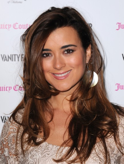 Vanity Fair Campaign Hollywood Feb Cote De Pablo Cote De Pablo