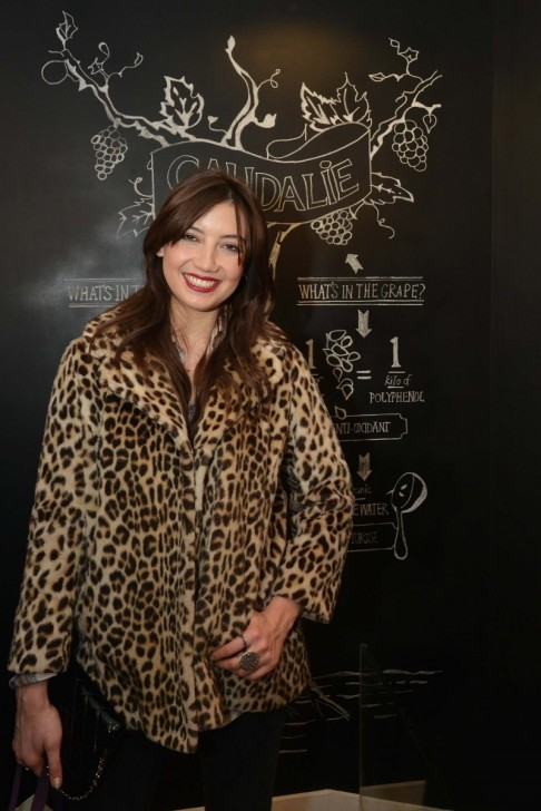 Daisy Lowe In Caudalie Boutique Tv