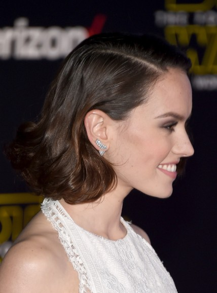 Daisy Ridley Earrings Star Wars Premiere Daisy Ridley