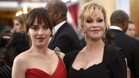 Dakotajohnsonmelaniegriffith Dakota Johnson