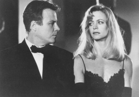 Still Of Goldie Hawn And John Heard In Deceived Large Picture Movie
