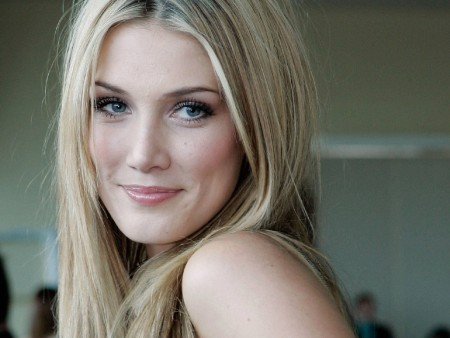 Amazing Delta Goodrem Widescreen Wallpaper Delta Goodrem