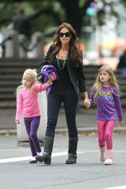Denise Richards Charlie Sheen Kids Nyc Charlie Sheen Bb Aeab Be Image Charlie Sheen