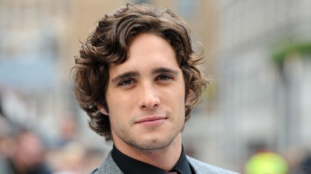 Diego Boneta Wallpaper