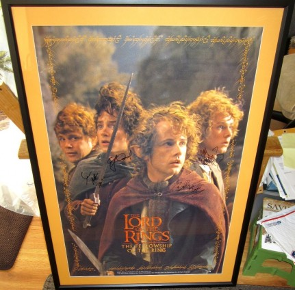 Sean Astin Billy Boyd Dominic Monaghan Elijah Wood Autographed Lord Of The Rings Movie Poster Matted Framed Dominic Monaghan