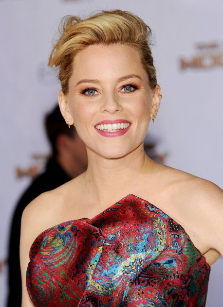 Elizabeth Banks Coming To The Hunger Games Mockingjay Part Premiere In Los Angeles