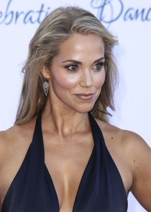 Elizabeth Berkley Photo Elizabeth Berkley