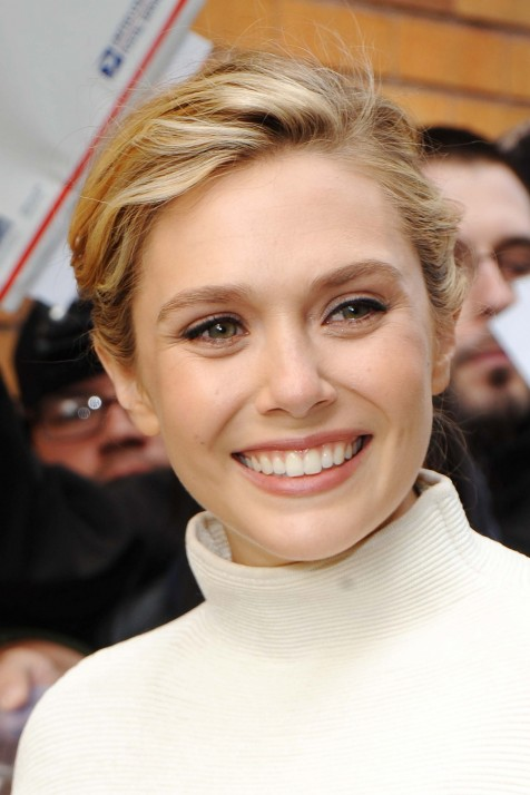 Elizabeth Olsen Actress Smile Hd Wallpapers Elizabeth Olsen