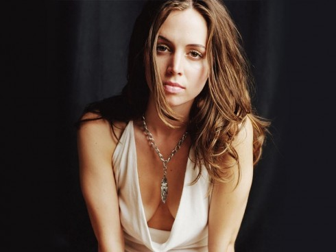 Eliza Dushku Hot Unseen Photo
