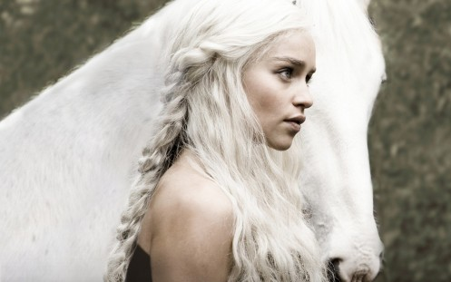 Game Of Thrones Emilia Clarke With Horse Wallpaper Emilia Clarke