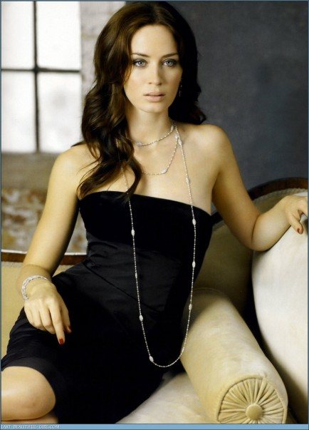 Eb Emily Blunt Hot Pic Emily Blunt
