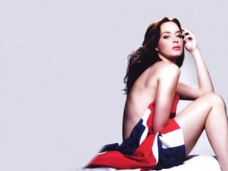 Emily Blunt Pictures Hot
