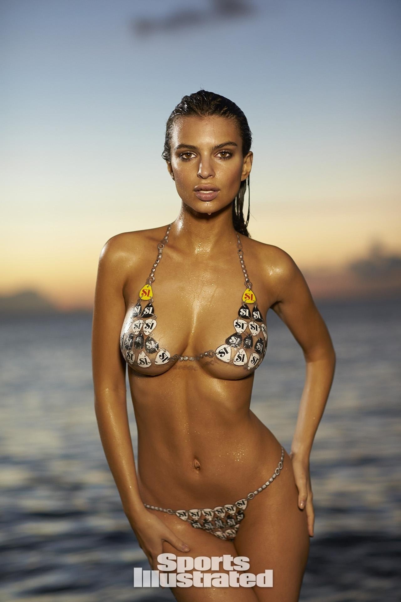 Emily Ratajkowski Bodypaint Sports Illustrated Itok Omyzxs Emily Ratajkowski