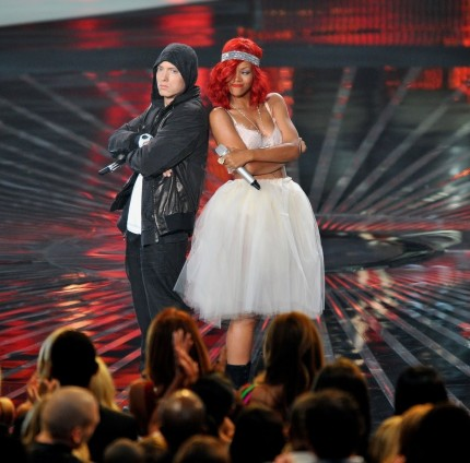 Eminem And Rihanna Are Confirmed For Mtv Movie Awards Performance