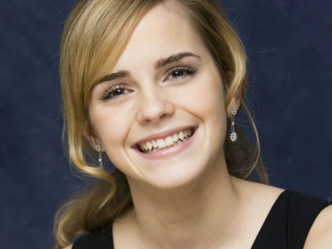 Celebrity Emma Watson Beautiful Smile Wide