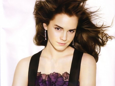 Emma Watson Beautiful Wallpaper Wallpaper