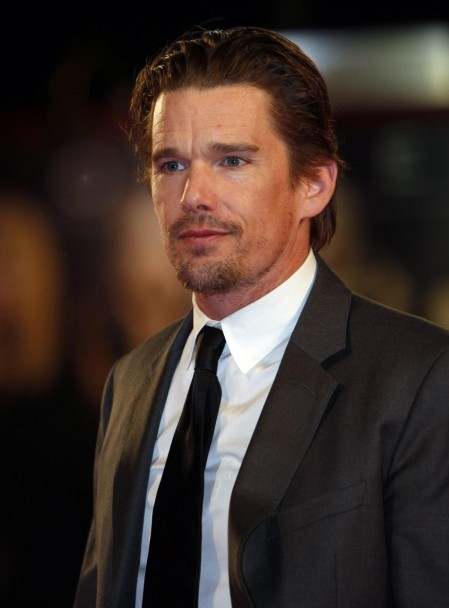 Actor Ethan Hawke Attends The Movie Premiere Of Brooklyns Finest And Ryan Shawhughes Fcd Bccf Ed Image