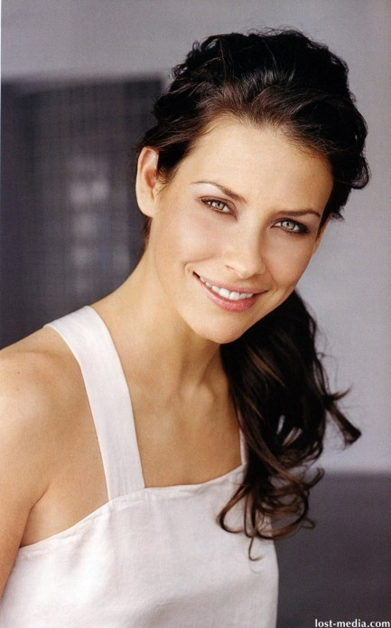 Full Evangeline Lilly Fashion