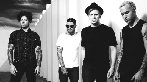 Fall Out Boy Takes Home Third Number One Album News Fdrmx Fall Out Boy